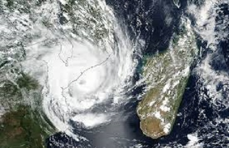 Mozambique economic revival suffers cyclone sequence